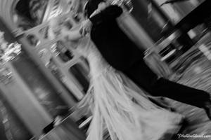 Black-and-white Viennaze Waltz Photography